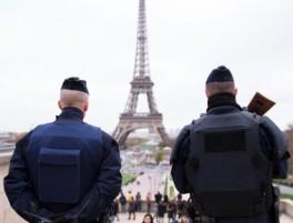 Francia: stato d'eccezione permanente – Il pane e le rose