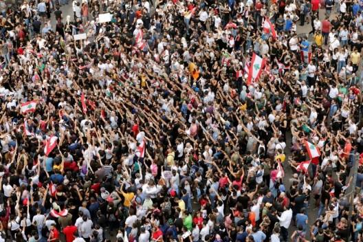 protesta in libano